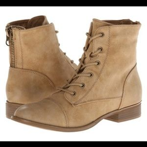 G By Guess Angelo Military Tan Lace Boots (7.5)